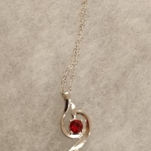 Red crystal pendant